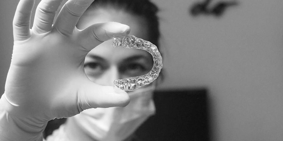 Ortodonzia invisibile - Dott.ssa Rosita Pascale | RP Odontoiatria | Dentista Castel San Giovanni